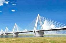 Ký hợp đồng gói thầu lớn nhất dự án cầu Nhật Tân