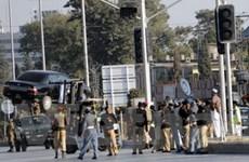 Tấn công thánh đường ở Pakistan, 40 người tử vong