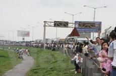 Quảng Ninh: Tắc đường 18 tiếng trên quốc lộ 18
