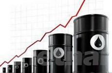 Giá dầu chạm ngưỡng cao kỷ lục trong 18 tháng