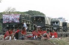 """Phe """"áo đỏ"""" sẽ thả đoàn tàu quân sự và binh sĩ"""