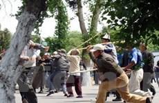 Chính phủ Kyrgyzstan bãi bỏ tình trạng khẩn cấp