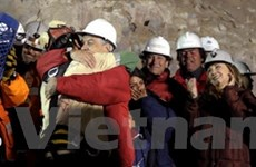 Chile bắt đầu cuộc giải cứu 33 thợ mỏ bị mắc kẹt