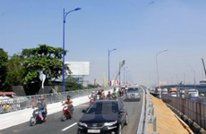 Thông xe hai nhánh cầu biên của cầu Rạch Chiếc
