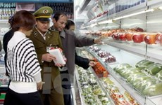Sản phẩm tại siêu thị Vân Hồ vi phạm về nhãn mác