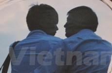 Tâm sự từ người đồng tính nam: Xin đừng ghẻ lạnh!