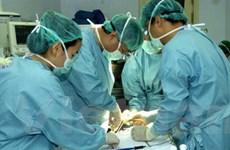 Cứu sống một bệnh nhân lồng ba lớp ruột hiếm gặp