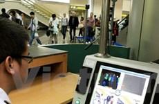 Kiểm tra phòng chống H7N9 tại sân bay Nội Bài
