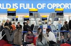 Các sân bay ở Anh bị tê liệt vì tro bụi núi lửa