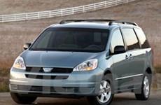 Toyota tiếp tục thu hồi 600.000 xe minivan Sienna