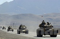 Binh lính Thổ Nhĩ Kỳ vượt biên truy đuổi phiến quân