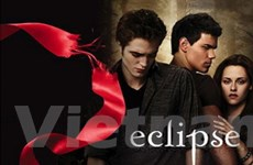 """Một thanh niên đột tử khi xem """"Eclipse"""" ngày ra mắt"""