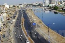 Sớm triển khai dự án kết nối tuyến Đại lộ Đông Tây