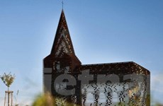 Nhà thờ trong suốt - tác phẩm mang dấu ấn thời đại