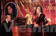 Đêm nhạc Việt Nam với tiếng hát Hoàng Lan tại Pháp