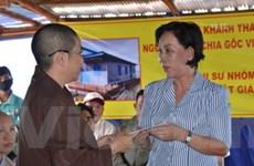 Các nhà hảo tâm VN tặng trường học cho Campuchia