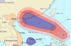 """Cập nhật tình hình """"siêu bão"""" Utor sắp vào Biển Đông"""