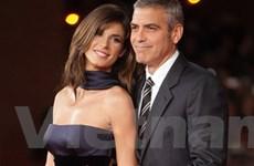 Bạn gái của George Clooney dính scandal ma túy