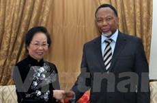 Việt Nam coi trọng phát triển hợp tác với Nam Phi