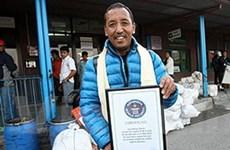 Một người Nepal lập kỷ lục 21 lần lên đỉnh Everest