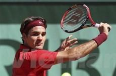 Roger Federer thẳng tiến vòng ba Roland Garros