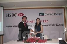 Cathay Pacific-HSBC ưu đãi giảm giá vé tới 40%