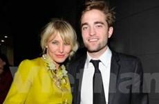 Cameron Diaz cố gắng tán tỉnh… Robert Pattinson