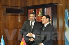 Việt Nam-Argentina ký thỏa thuận hợp tác hải quan