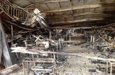 Chùm ảnh: Công ty may Hà Phong sau vụ hỏa hoạn