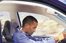 """Cách ngăn chặn tình trạng """"gật gù"""" sau tay lái"""
