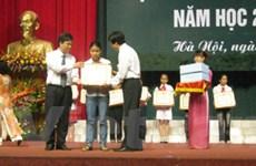 Hà Nội tuyên dương hơn 900 học sinh tiêu biểu