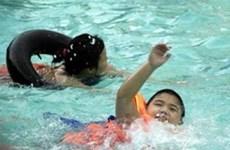 Tổ chức giải thi bơi lội cho học sinh toàn quốc