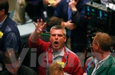 Giá dầu đỏng đảnh gây áp lực với phục hồi kinh tế