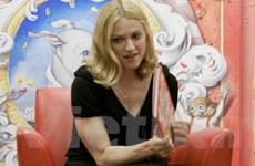Madonna viết báo về việc thức tỉnh tâm linh