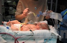 Hơn 10.000 trẻ được cứu sống mỗi ngày nhờ y học