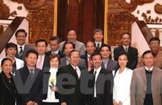 Phó Thủ tướng tiếp đoàn đại biểu Việt kiều Mỹ