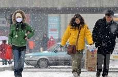 """Trung Quốc đón Giáng sinh """"trắng"""" khi tuyết rơi dày"""