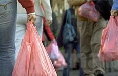 """Thành phố London nói """"không"""" với túi nilon"""