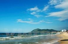 Hai người thiệt mạng khi đi tắm biển gần Tết