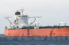 Tàu chiến Hàn Quốc vẫn bám đuổi tàu bị bắt cóc
