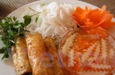 Ẩm thực Việt hút khách tham quan hội chợ ở Bỉ