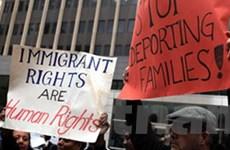 Chính phủ Mỹ kiện bang Arizona về luật nhập cư
