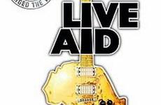 Làm phim chương trình hòa nhạc từ thiện Live Aid