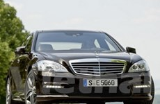Mercedes-Benz S-Class đời 2011 có động cơ mới