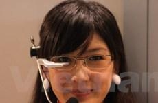 DoCoMo trình làng màn hình định vị gắn trên kính