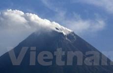 Indonesia báo động về hoạt động núi lửa Merapi