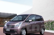 Daihatsu bán xe tiết kiệm nhiên liệu giá 12.160 USD