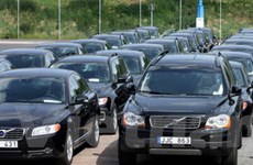 Trung Quốc tăng cường quản lý trang bị xe công