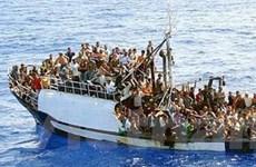 Người nhập cư đụng độ cảnh sát ở đảo Lampedusa