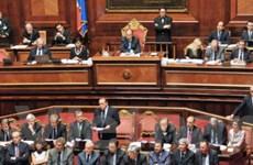 """Mức lương """"khủng"""" của các ông Nghị Italy trong EU"""
